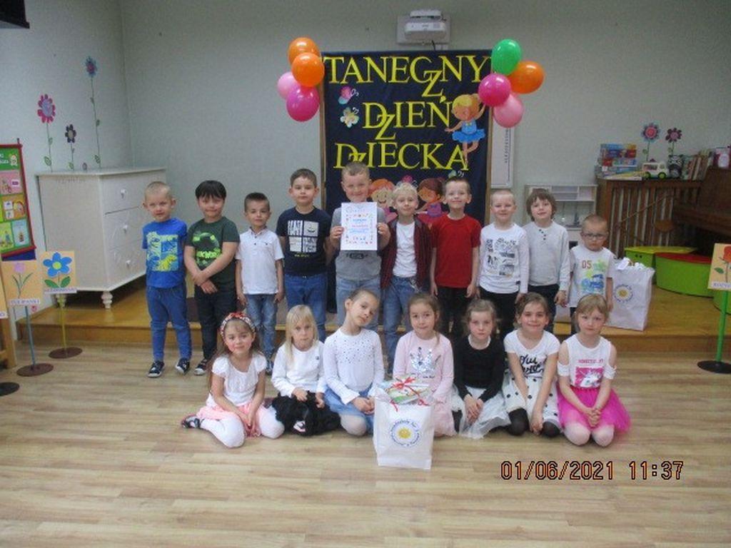 Przegląd tańca grupa Szarotki