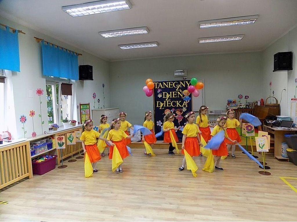 Taniec grupa Bratki