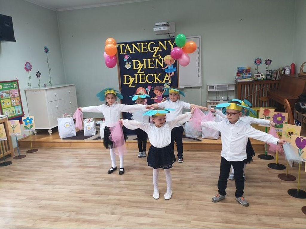 Taniec  grupa Krokuski
