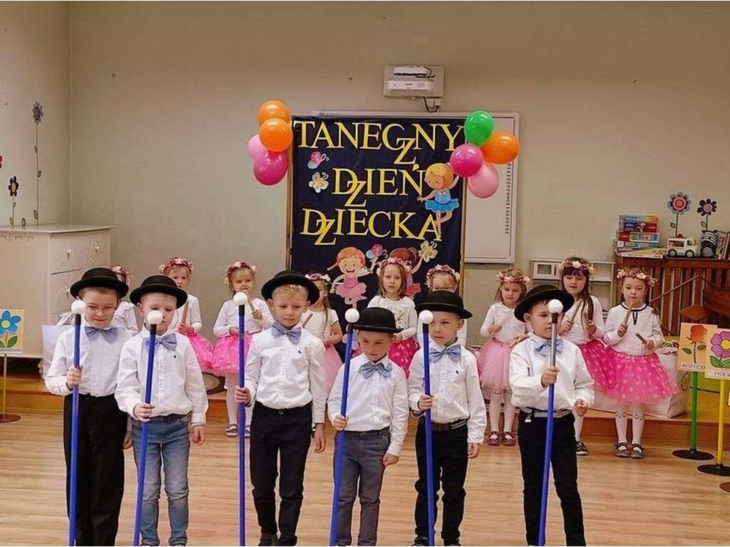 Taniec grupa Stokrotki