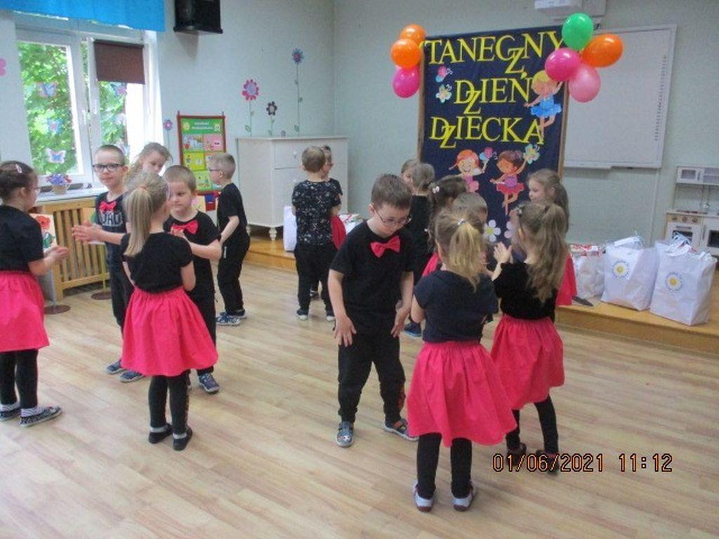 Taniec grupa Tulipanki